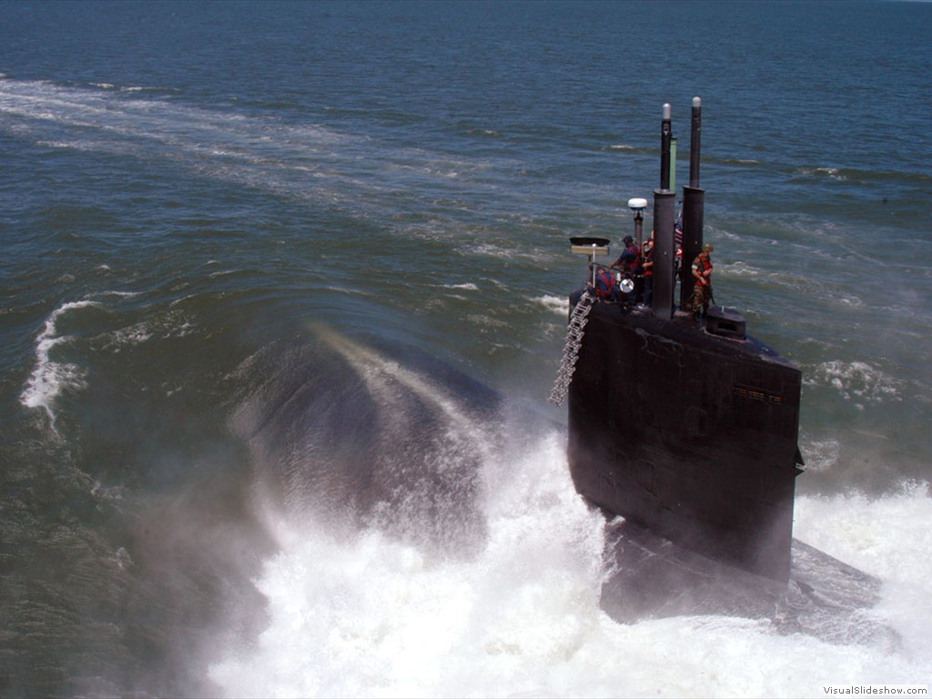 USS Albany (SSN-753) in Chesapeake Bay returning from deployment in 2004.
