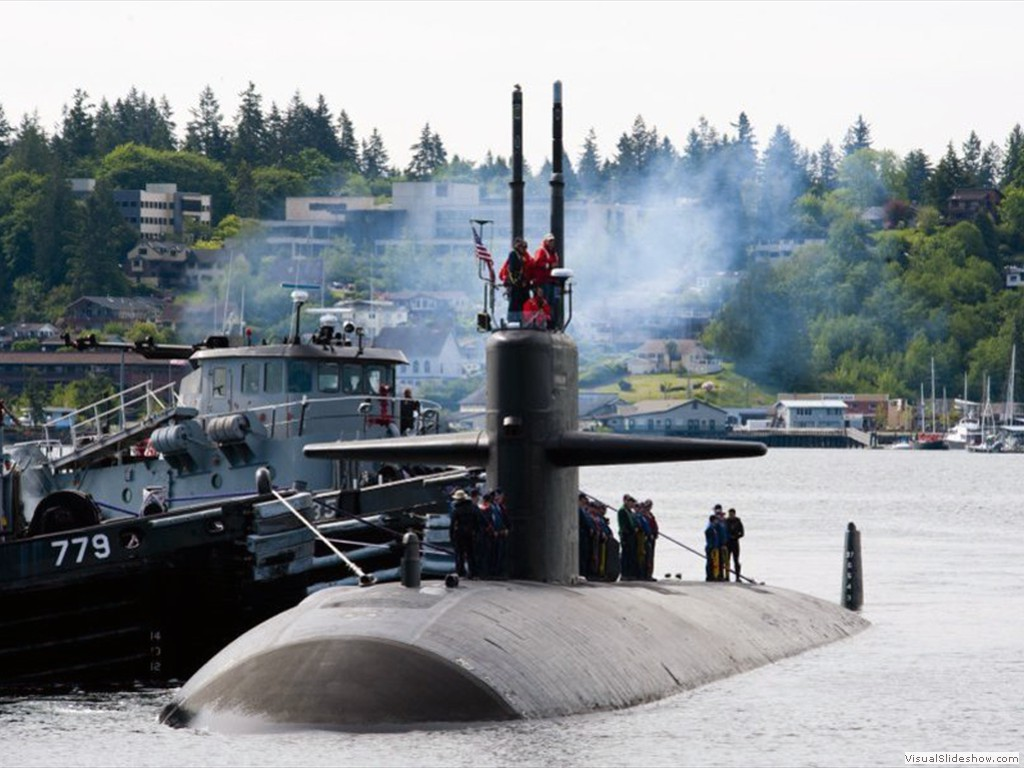 USS Bremerton (SSN-698) escorted into its namesake city