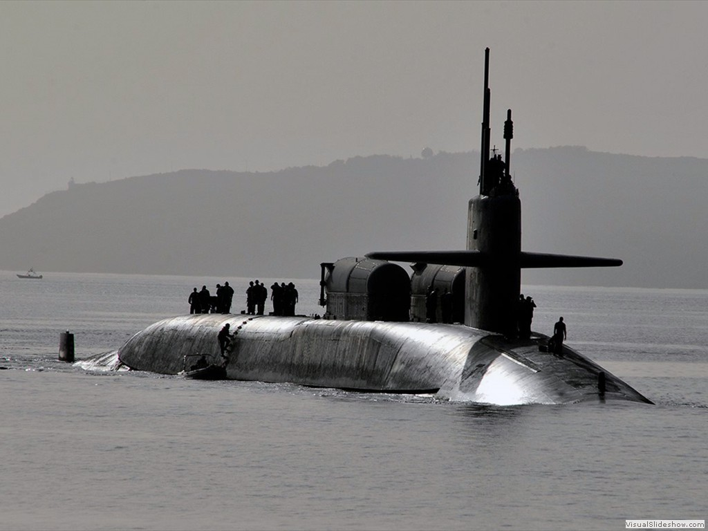 USS Florida (SSGN-728) performing a perstrans near Kings Bay GA 2013.